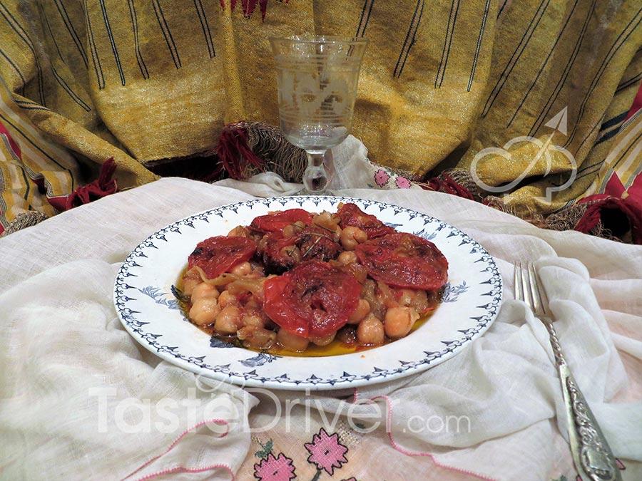 Ρεβιθάδα φούρνου της Ιωνίας.