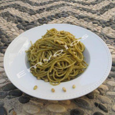 spaghetti-al-pesto-1