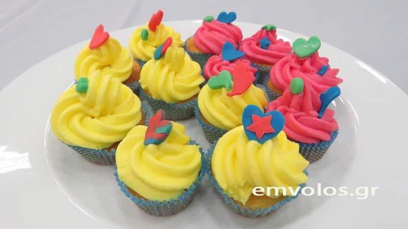 Cupcakes της χαράς ….και της γιορτής