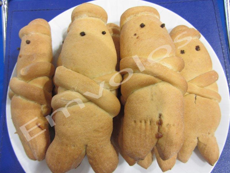 Φτιάξτε πεντανόστιμα Λαζαράκια τα Εθιμικά γλυκοψωμάκια