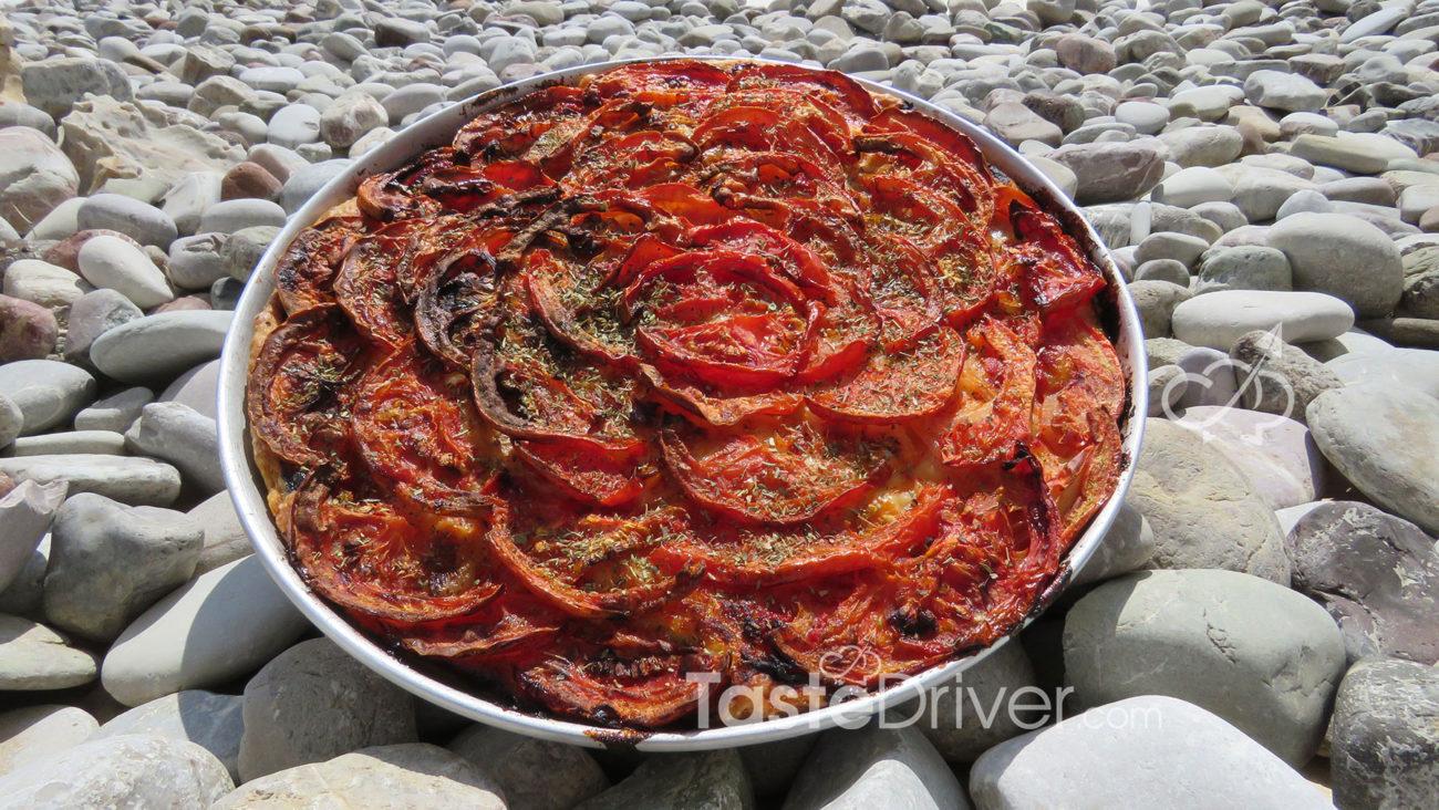 Λαδένια, η πρώιμη πίτσα των κυκλάδων