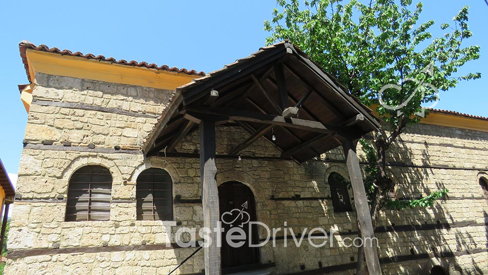 veroia-roof-31