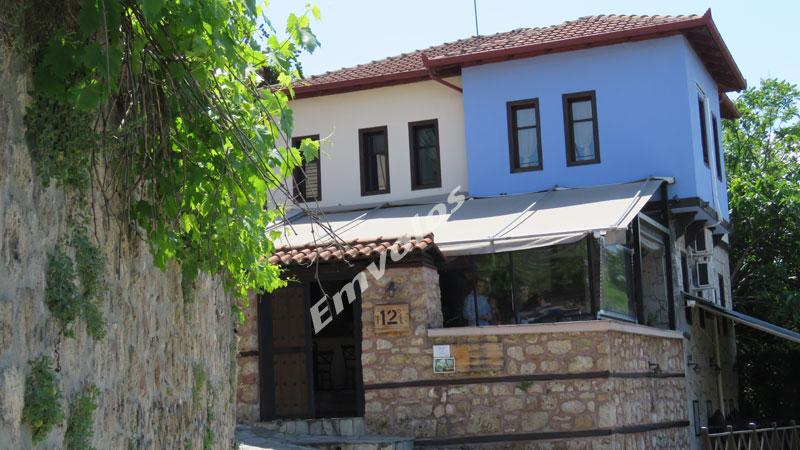 12-grada-restaurant
