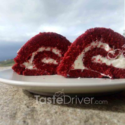 κόκκινο ρολό κέικ