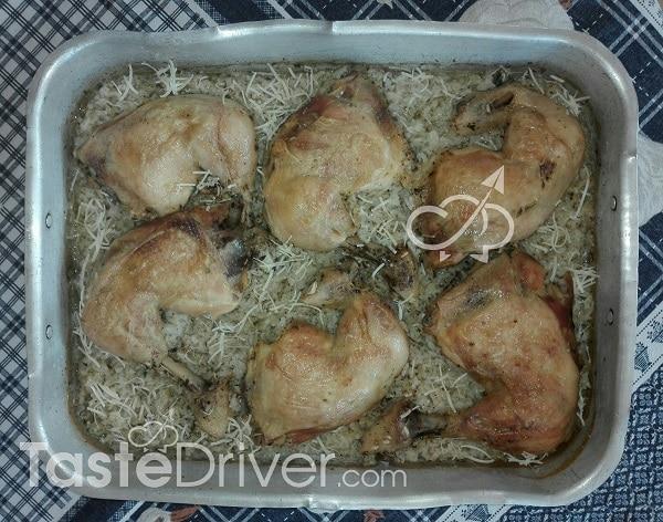 Kοτόπουλο βουνίσιο φουρνιστό με ρύζι