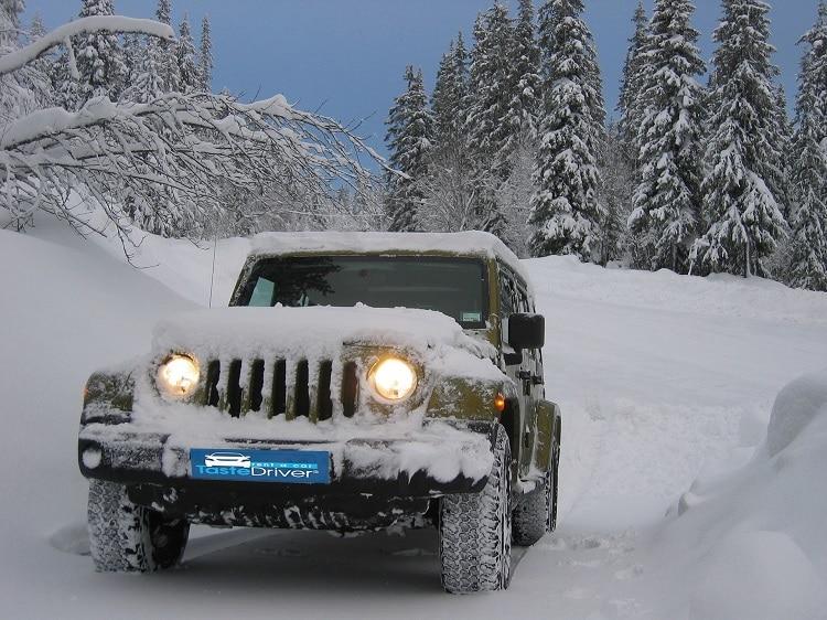 jeep-snow-mountain