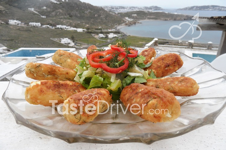 Cheese croquettes with white cheeses and fennel