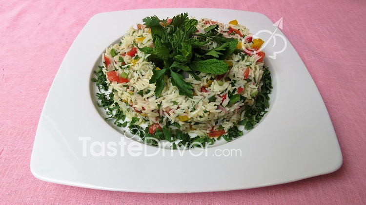 Rice salad with fresh vegetables