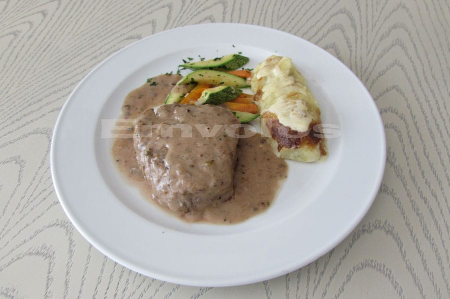 Beef fillet with Madagascar pepper